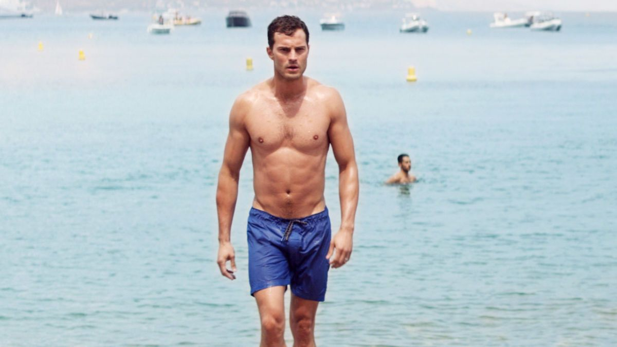 Heiße Promi-Männer am Strand: Unsere Top 9