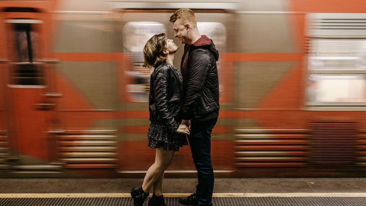 Weiblich auf der suche nach dating-sites für erwachsene