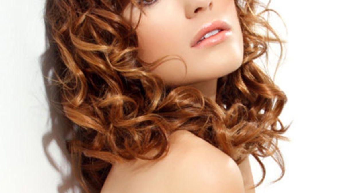 Frisuren Mittellang Für Lockiges Haar