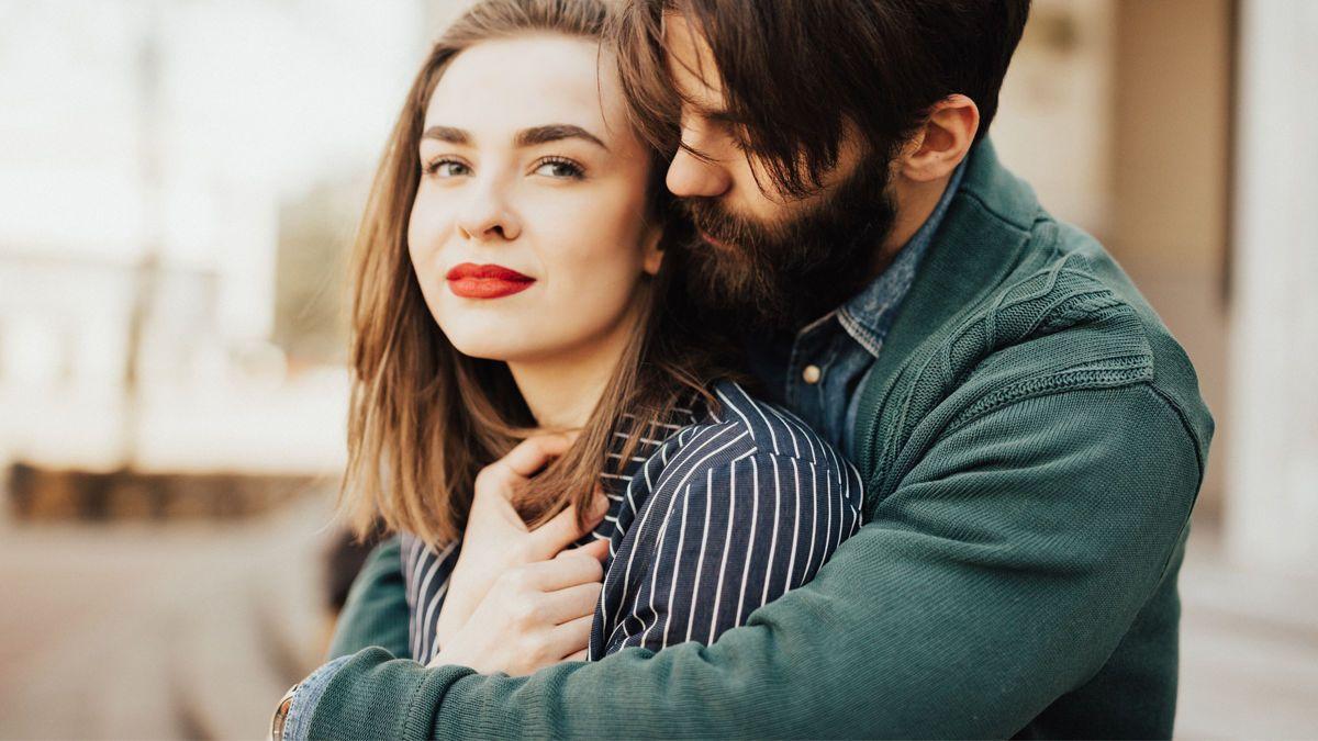 chris bukowski und sarah newlon Dating