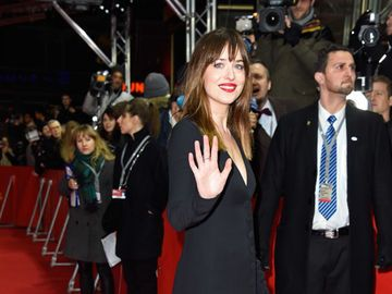 dakota-johnson-2026653.jpg