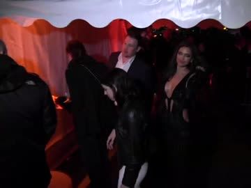 irina-shayk-in-cannes-ohne-bh-video-480x270-1806955.jpg