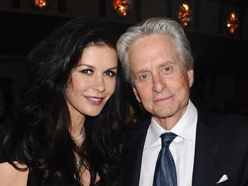 michael-douglas-catherine-zeta-jones-1850084.jpg