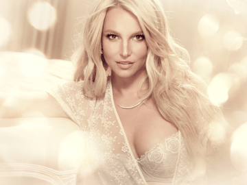 britney-spears-dessous-linie-1974105.png