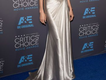 angelina-jolie-critics-choice-awards-dress-2018773.jpg