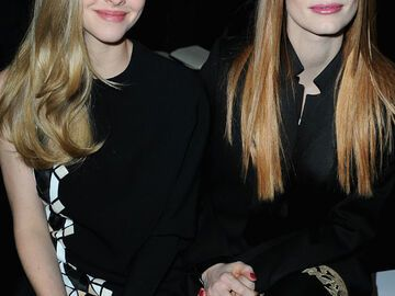 Amanda Seyfried und Jessica Chastain in der Front Row