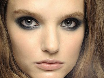 Smokey-Eyes bei Just Cavalli