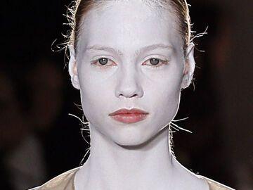 Weisses Gesicht Schminken