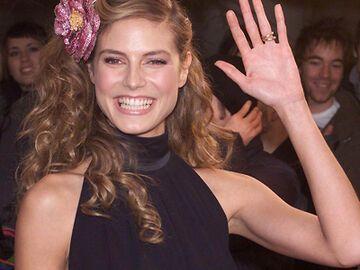 Heidi Klums Frisuren In Den 90ern