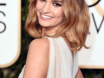 Lily James Frisur: Golden Globes 2016