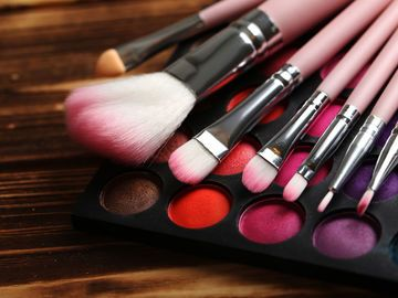 Make-up TTS Thinkstock