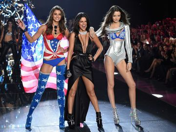 Victorias-Secret-Show-2016-Paris