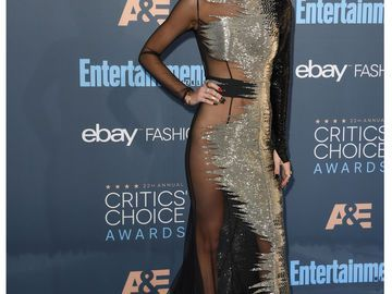 Bella Thorne 22. Critics' Choice Awards