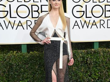 Sophie Turner Golden Globes 2017