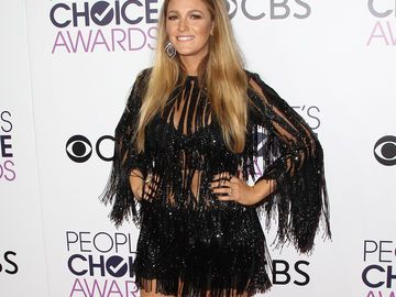 Blake Lively Outfit PCA