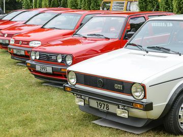 auto-legenden-vw-golf