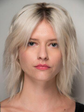 Fransig Geschnittene Halblange Haare