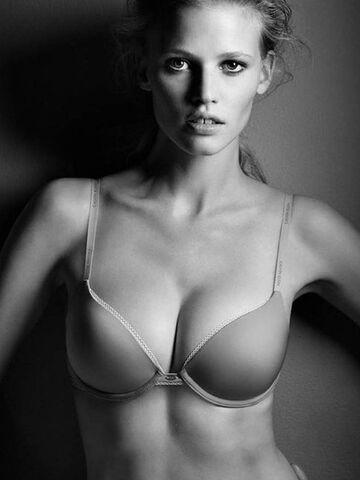Echt brüste PAND40