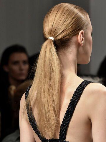 Fettige Haare 5 Schnelle Frisuren Für Ungewaschene Haare