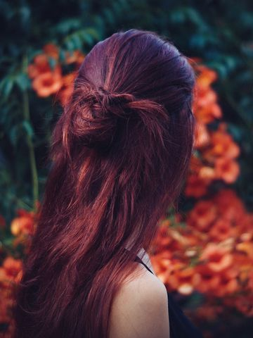 Haare roten strähnen mit braune Braune Strähnchen