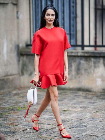 Zara Trend Kleid Fur Den Sommer Gunstiges T Shirt Dress