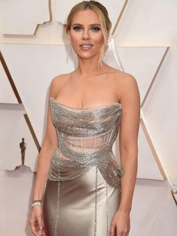 Scarlett Johansson, Anne Hathaway und Co: Knallharte Nackt