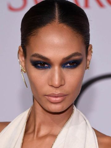 Joan Smalls mit Smokey Eyes