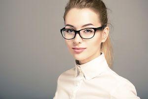 Studien belegen: Wer Brille trägt ist intelligenter und
