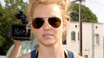 britney-spears-adoption-in-china-200x300-16310.jpg