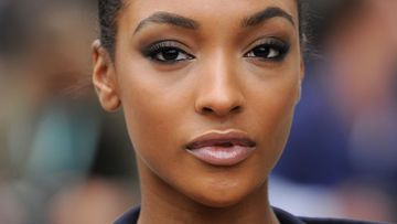 jourdan-dunn-fish-gape